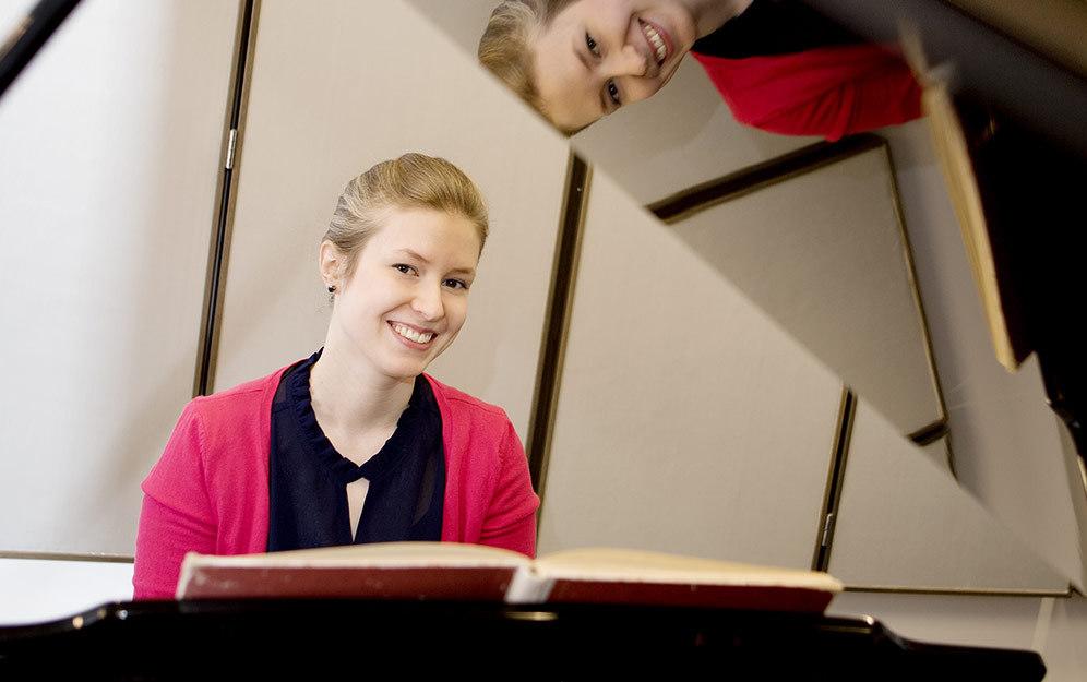 Учитель музыки в Университете Ювяскюля бесплатно