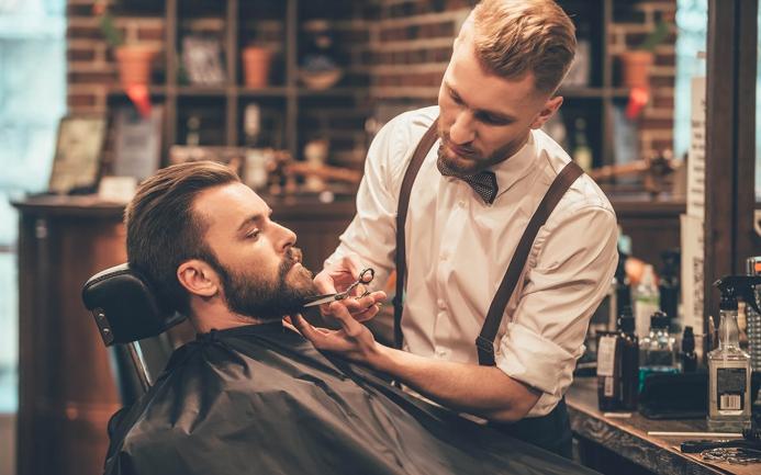 Специальность в сфере парикмахерских услуг: мужской парикмахер