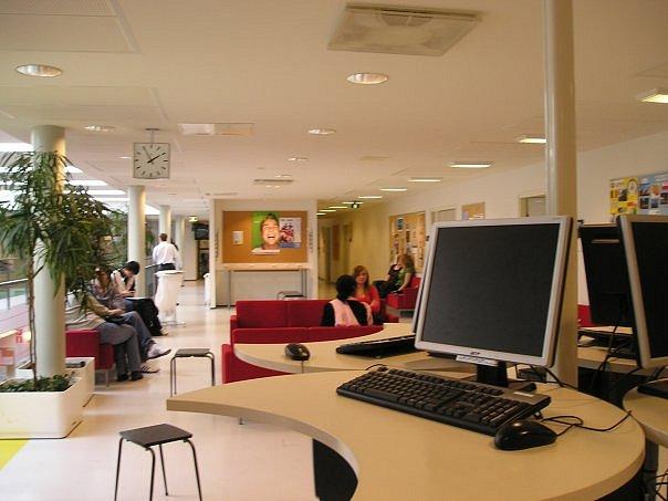Компьютерный класс в университете Миккели