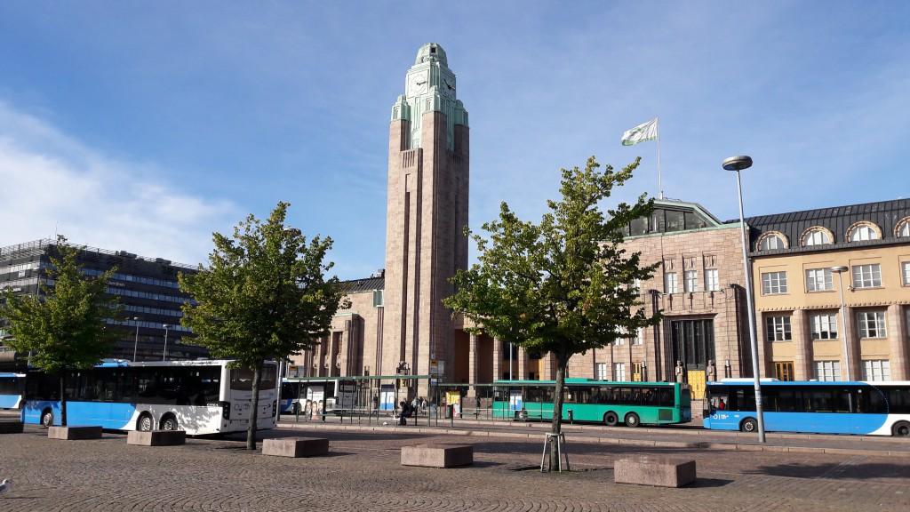 Кратчайший путь из центра Хельсинки до Пасила - ж/д вокзал. Всего одна остановка!