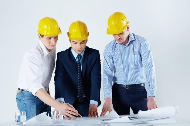 Инженеры